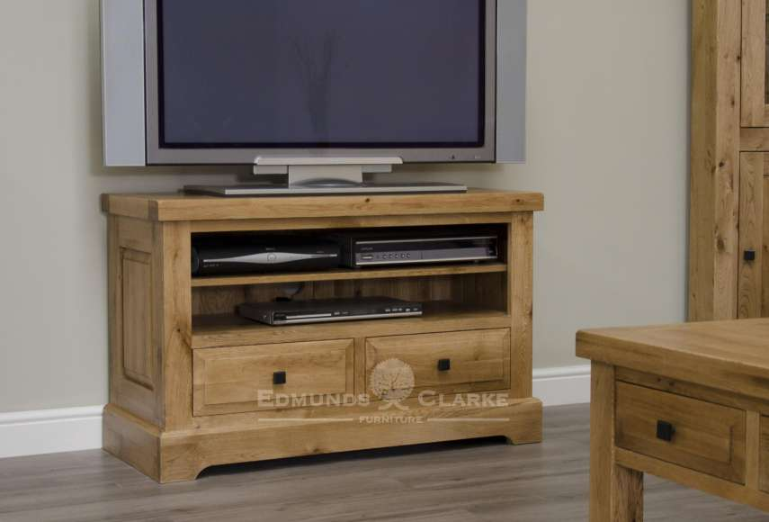 melford solid oak tv unit. deluxe chunky rustic solid oak tv unit with two drawers and one shelf to store entertainment boxes or game consoles and choice of knobs DLXTVC