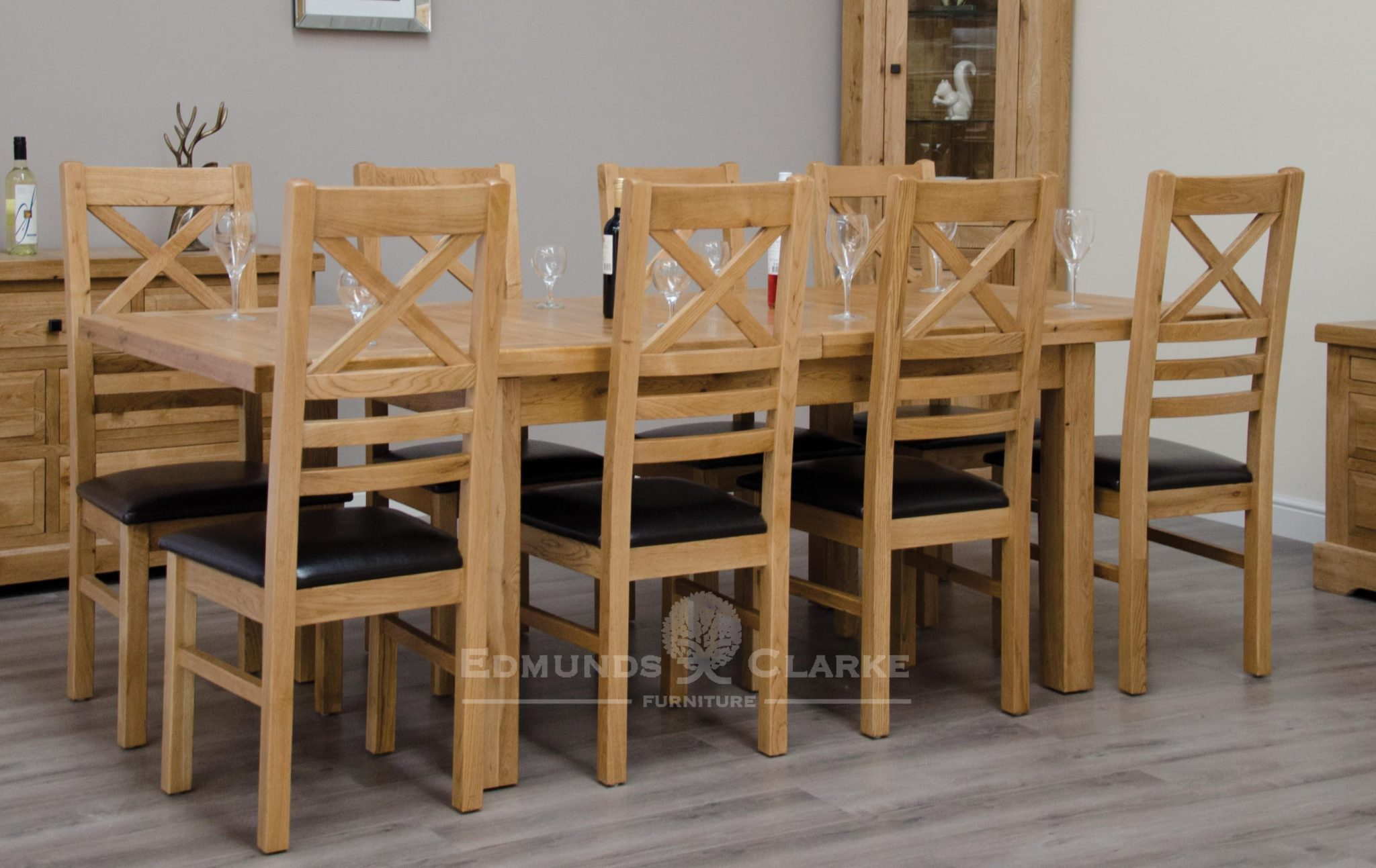 image of Melford solid oak 150cm extending table chunky, two leaves that store underneath will sit 4 to 8 people comfortably DLX1500EXT