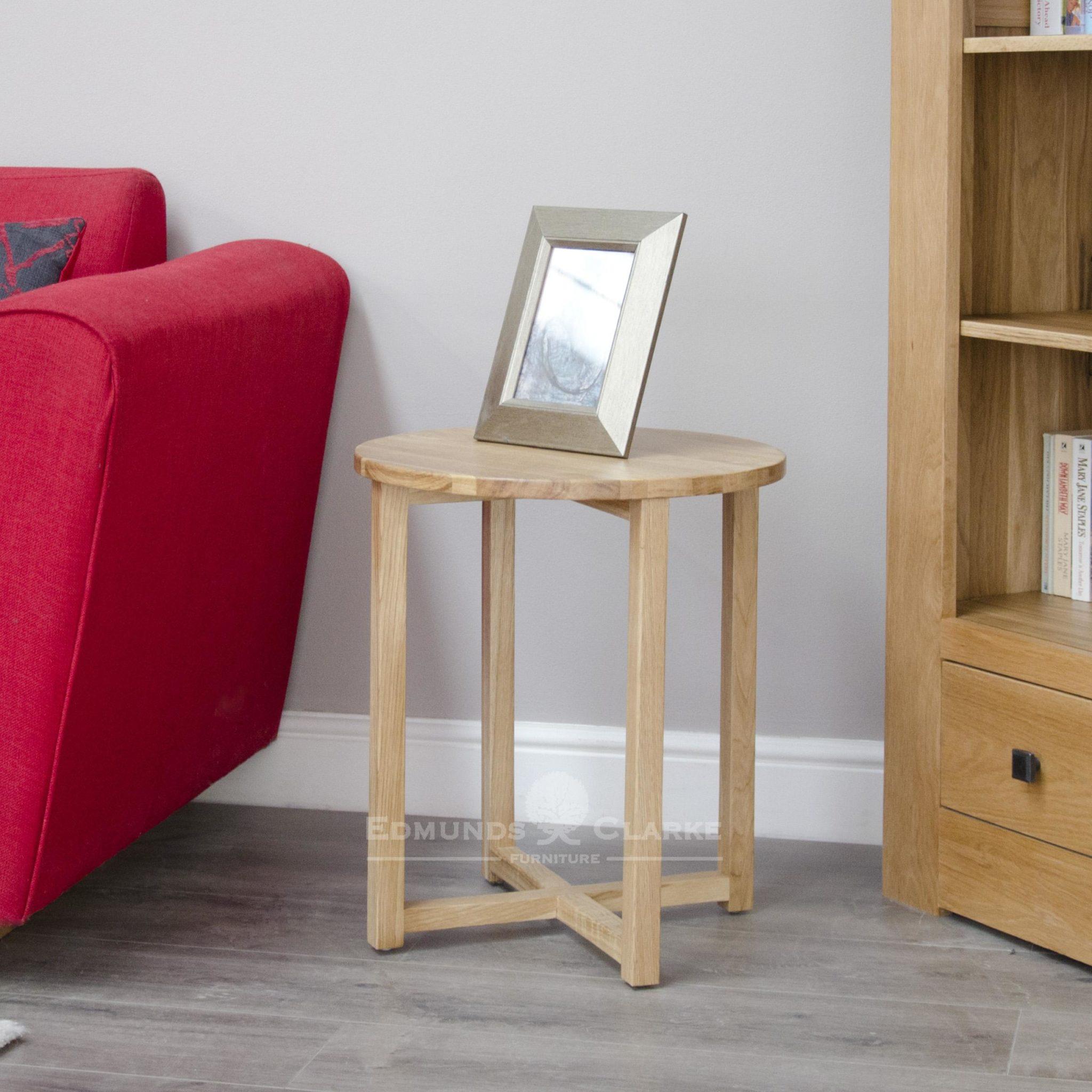 Bury solid oak round lamp table