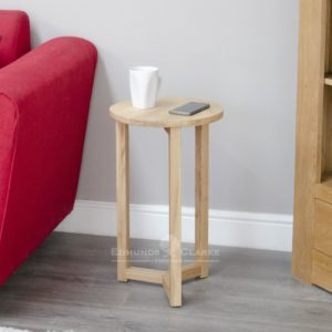 Bury solid oak occasional round lamp table, with tree legs
