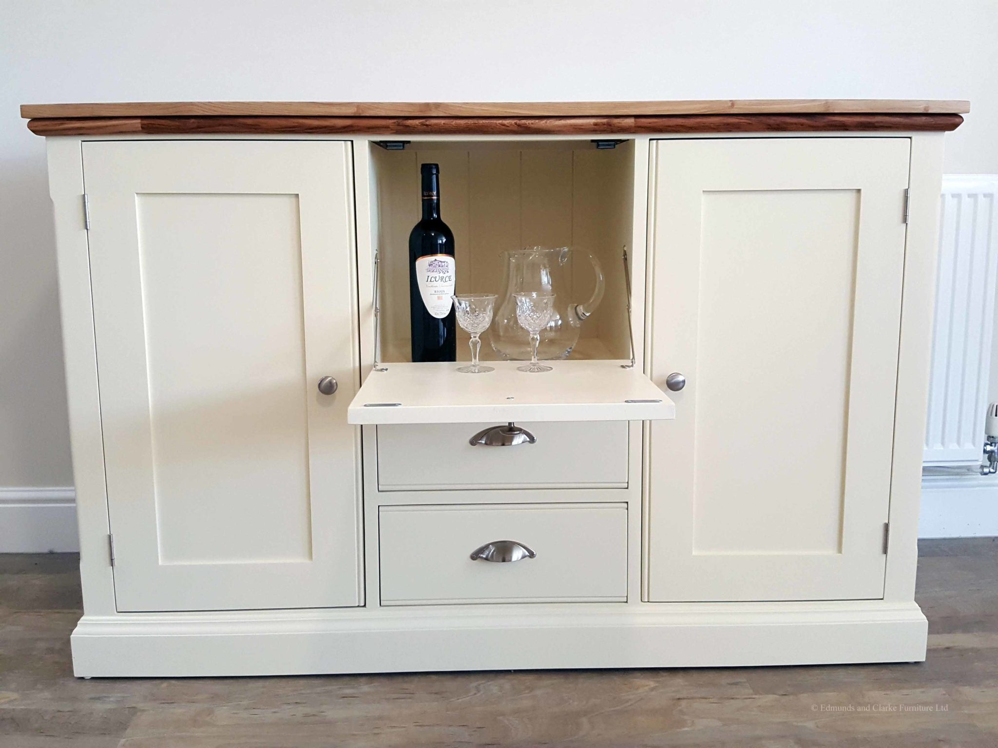 Picture of: Painted Drinks Cabinet Sideboard Edmunds Clarke Furniture