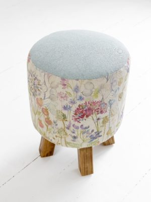 Voyage Maison Monty Footstool - Hedgerow AFS16016 HEDGEROW LINEN. contrasting blue linen top. straight oak legs