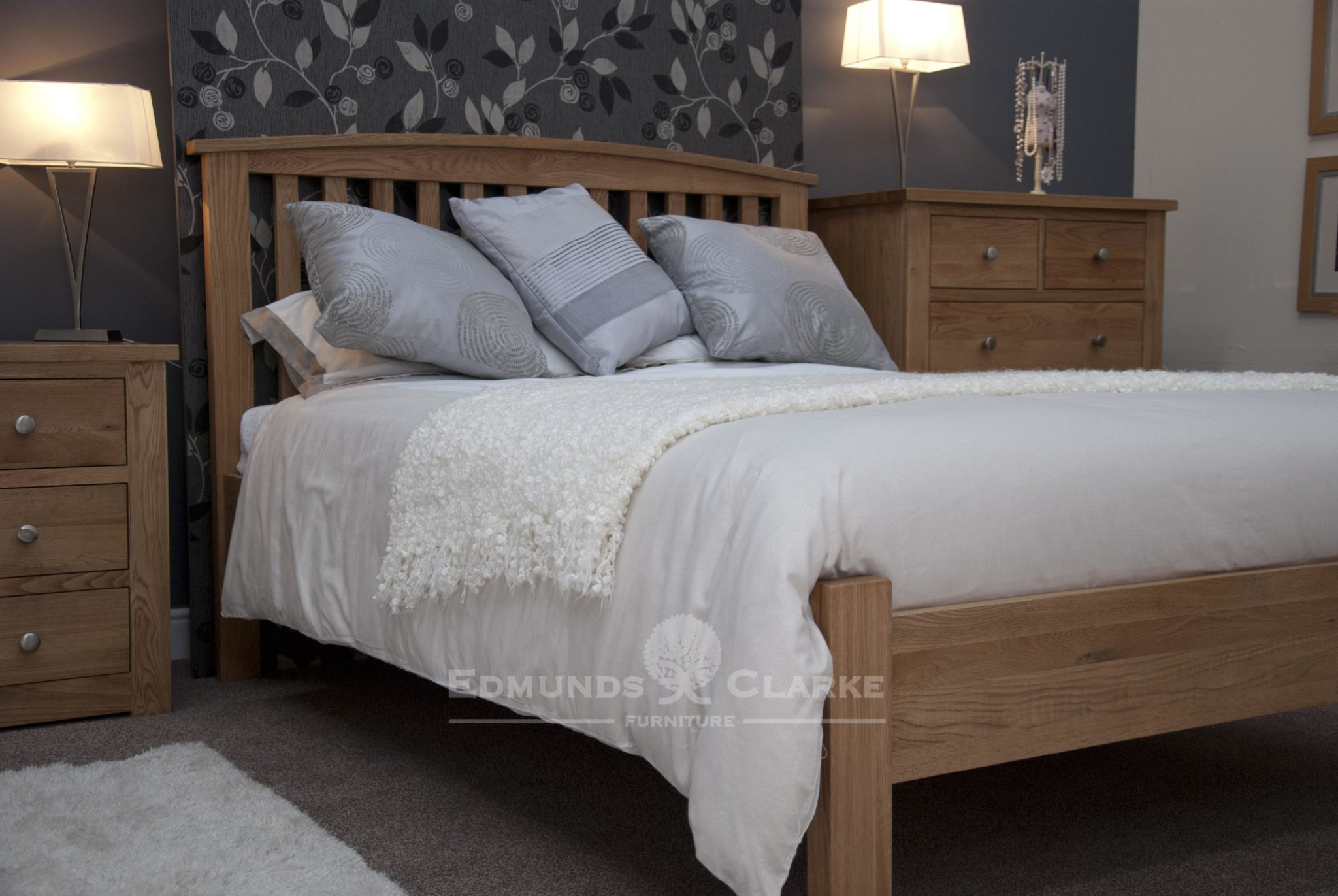 bury oak 3ft single bed arched headboard edmunds. Black Bedroom Furniture Sets. Home Design Ideas