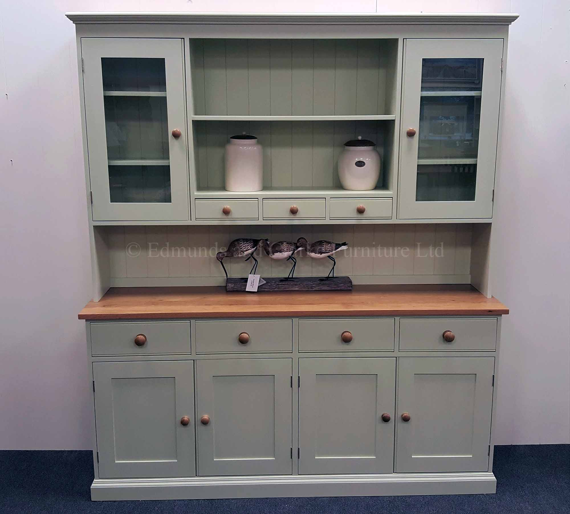 Plain Painted 6ft Kitchen Dresser. with spice racks , oak top and matching oak knobs. various colour and handle options available