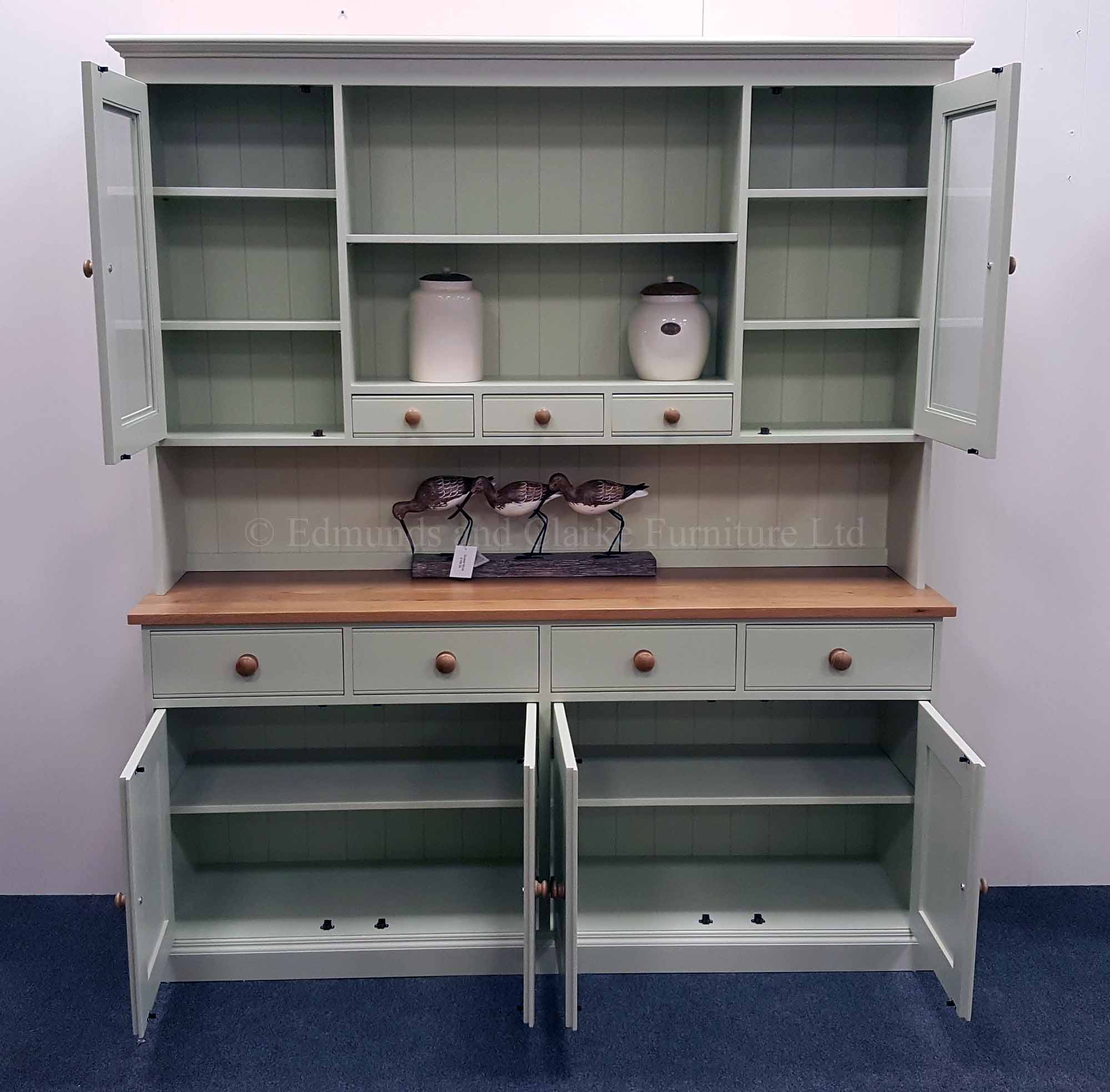 Edmunds painted kitchen dresser oak tops and knobs