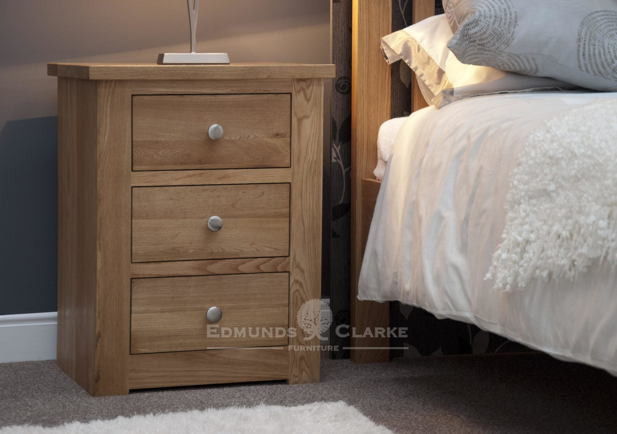 solid oak three drawer bedside chest tapered chrome knobs