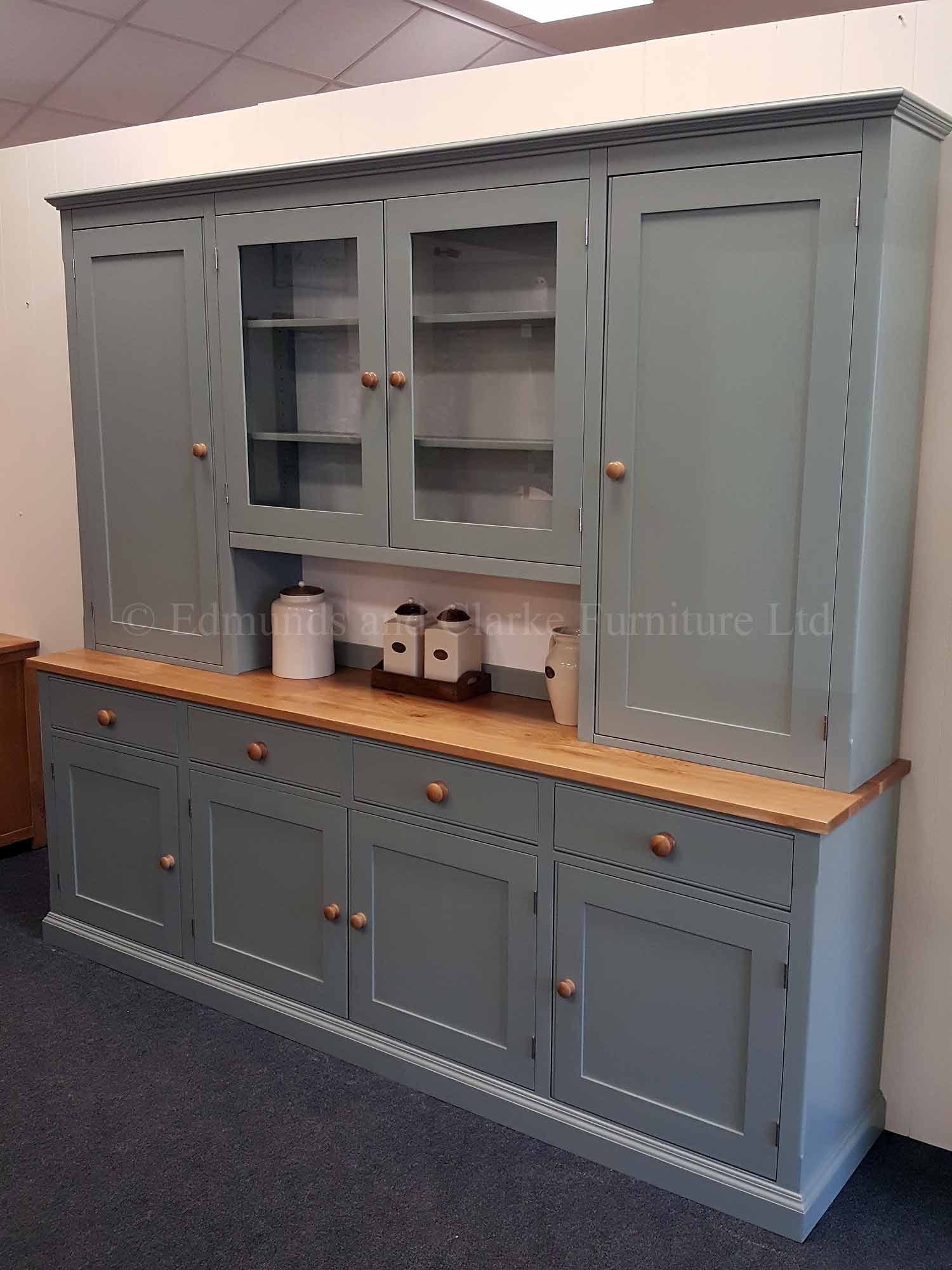 Painted 8ft storage dresser, four door and drawers in sideboard, two paneled doors in rack with two central glazed doors