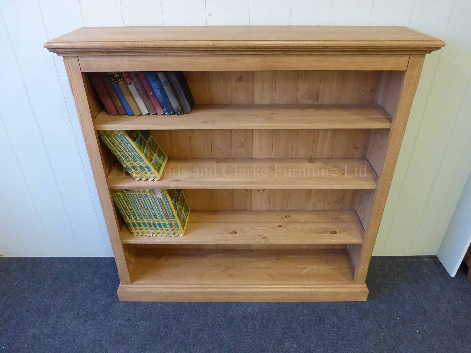 Pine bookcase with four adjustable shelves