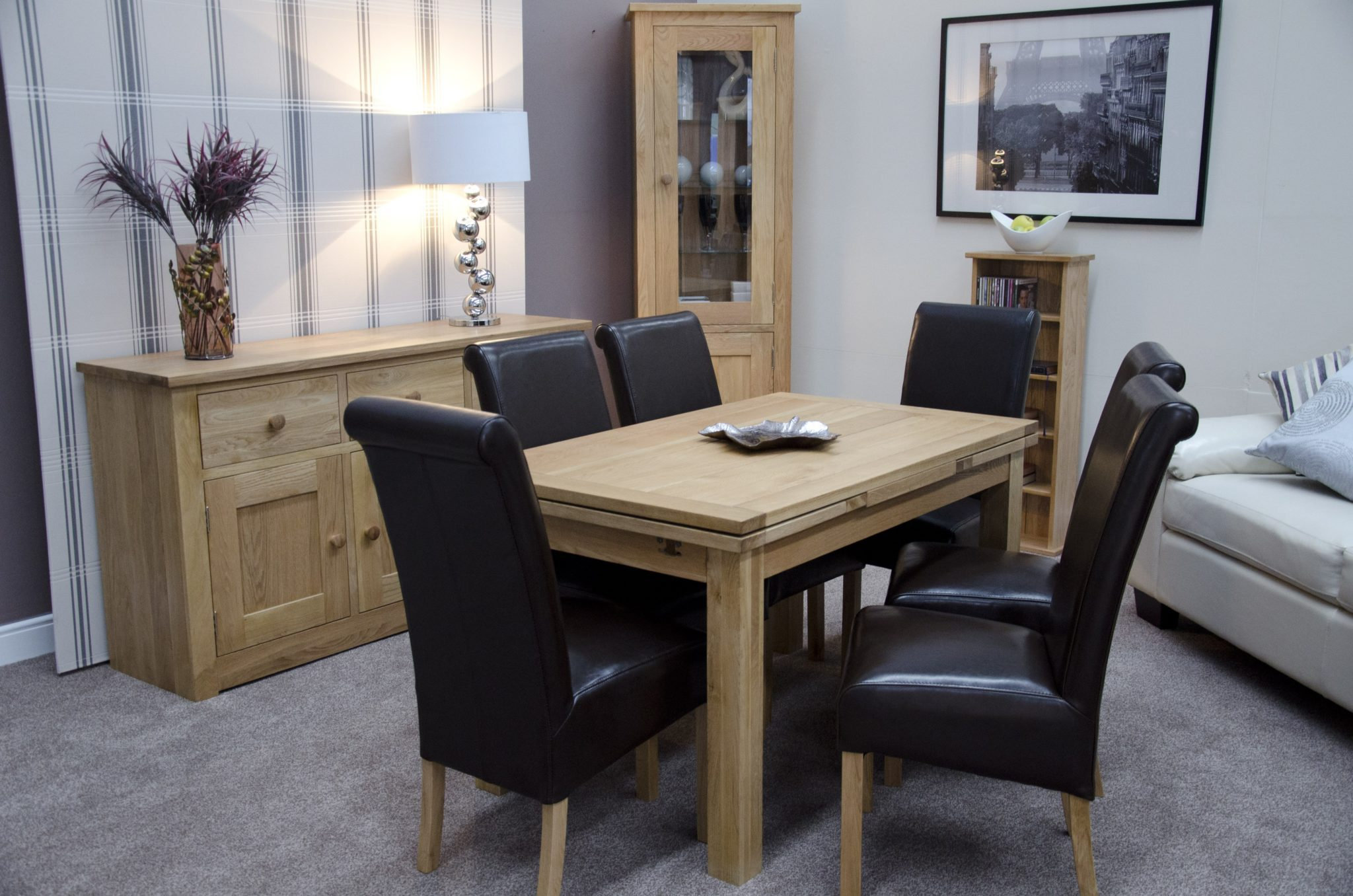 draw leaf extending oak table 130 length and 80cm wide