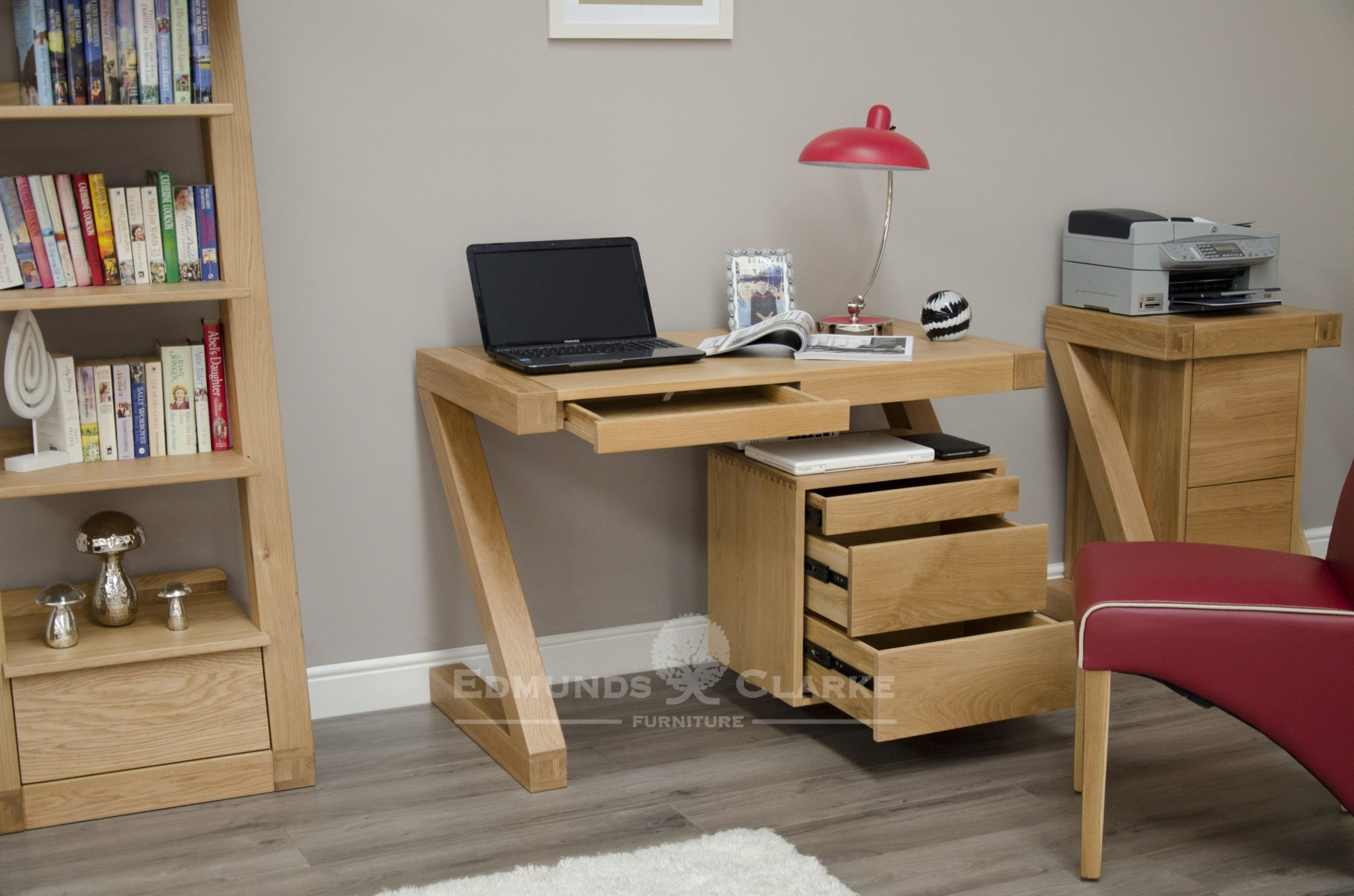Z shape designer desk with left hand kneehole and three drawers on right