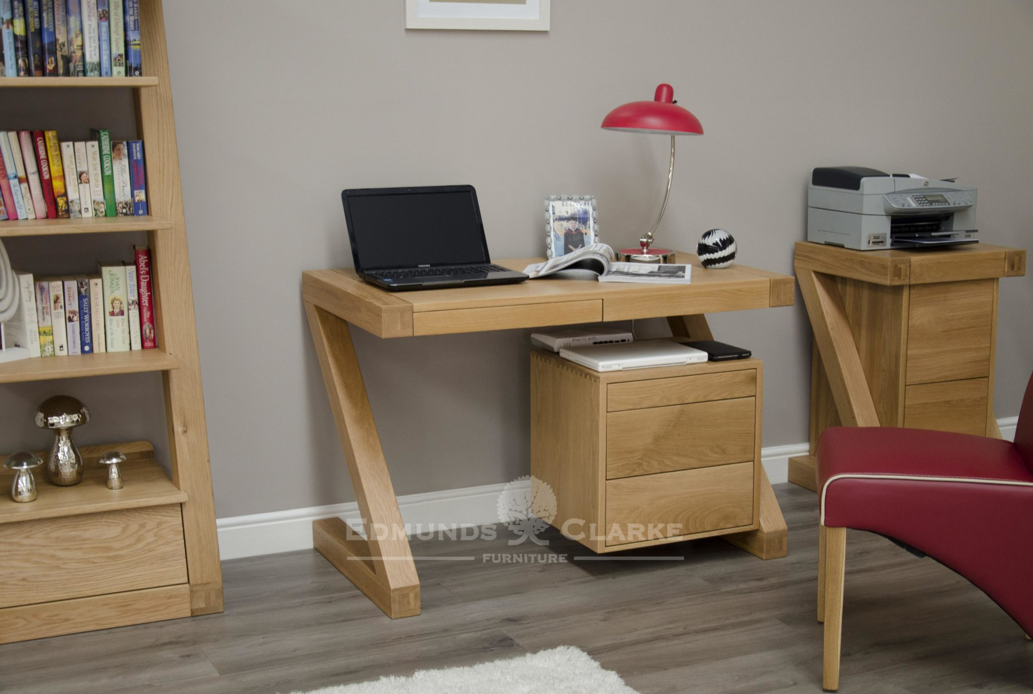 Z Designer Solid Oak Small Computer Desk Edmunds And Clarke Furniture