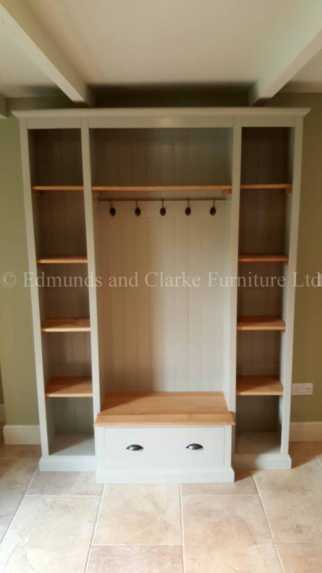 Made to measure bespoke hallway storage seat and shelving
