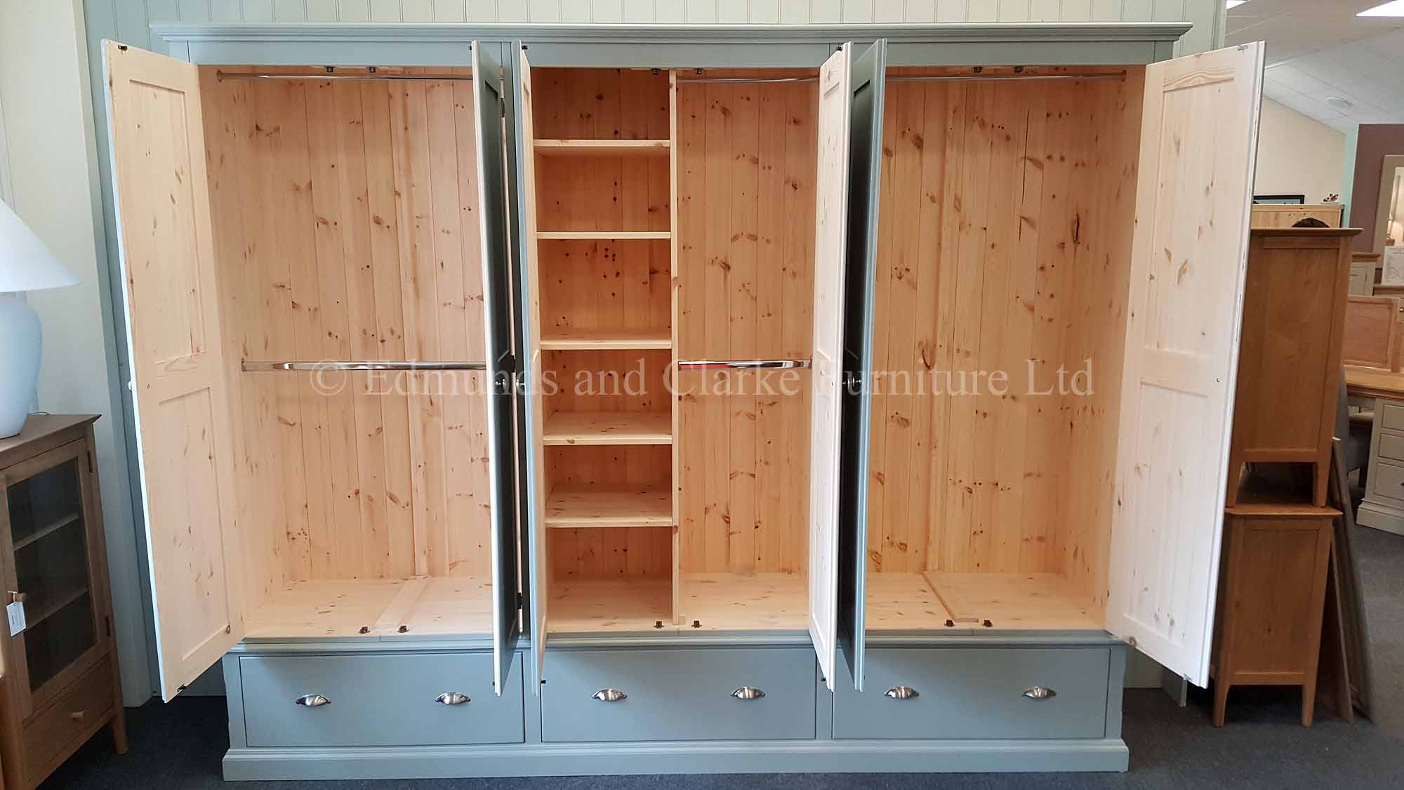 Bespoke made to measure wardrobe 6 doors with 3 large deep drawers below