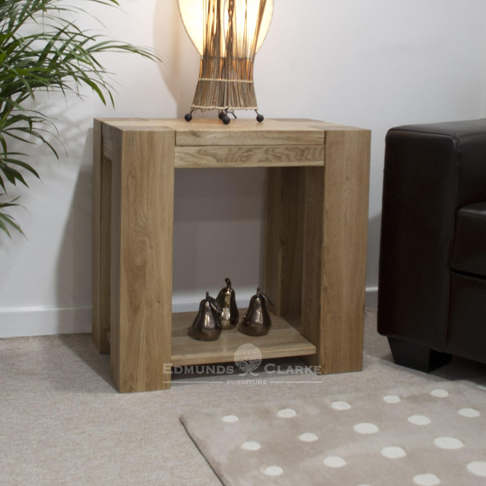 Newmarket solid oak chunky lamp table with shelf