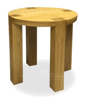 Chunky solid oak round four leg lamp table