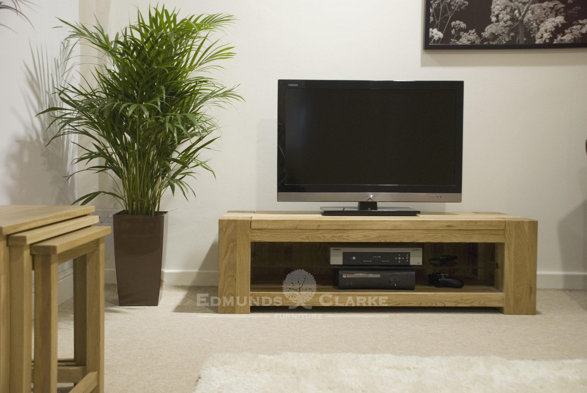 newmarket plasma tv unit solid chunky oak