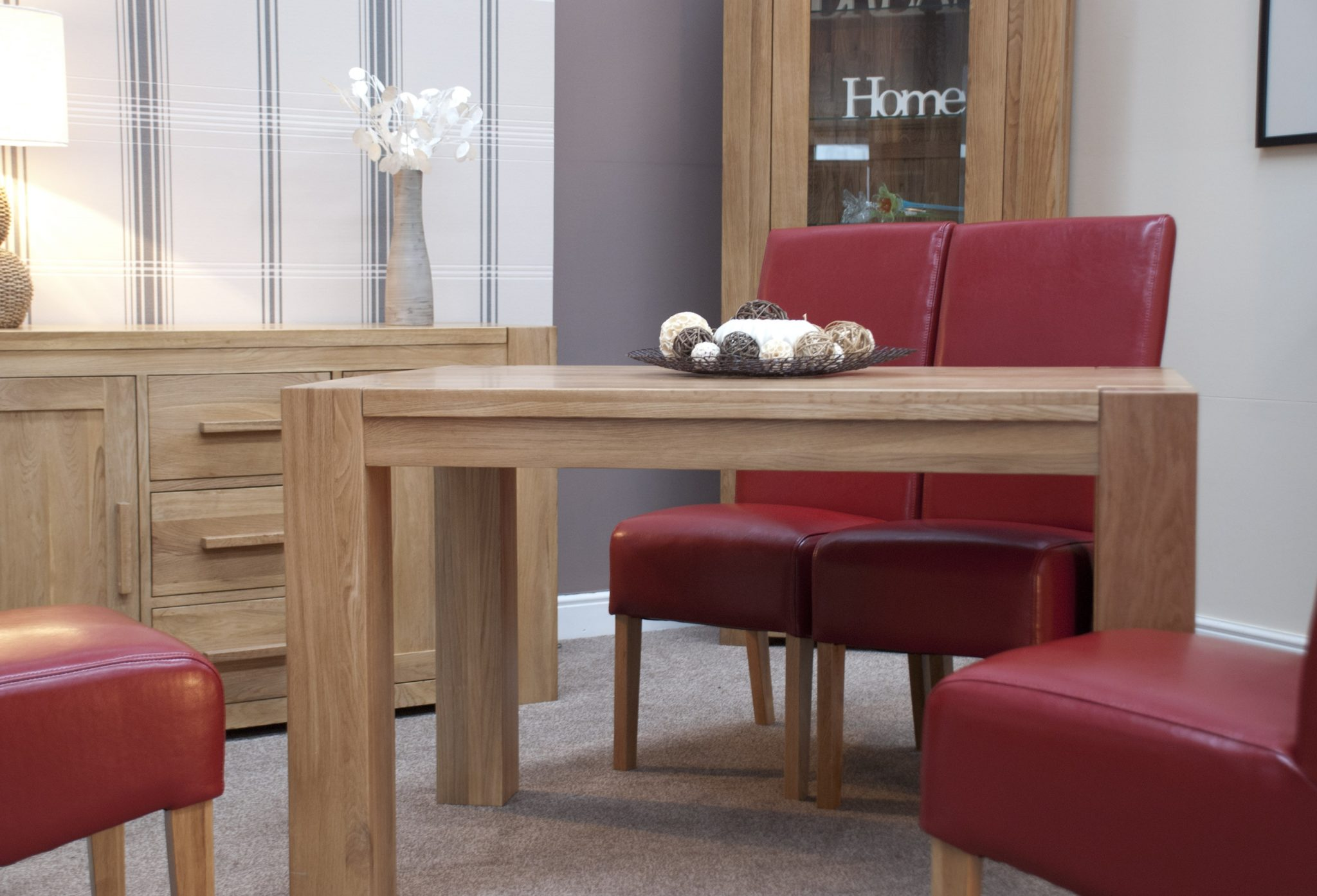 Newmarket solid oak small plain square edge dining table