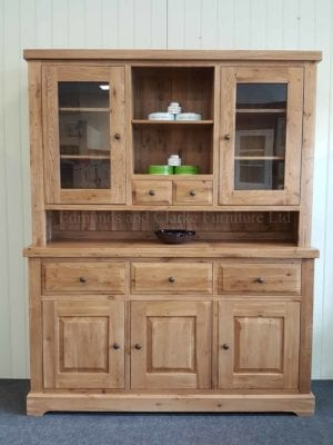 Melford Solid Oak complete dresser. glazed doors either side at the top with 2 small drawers