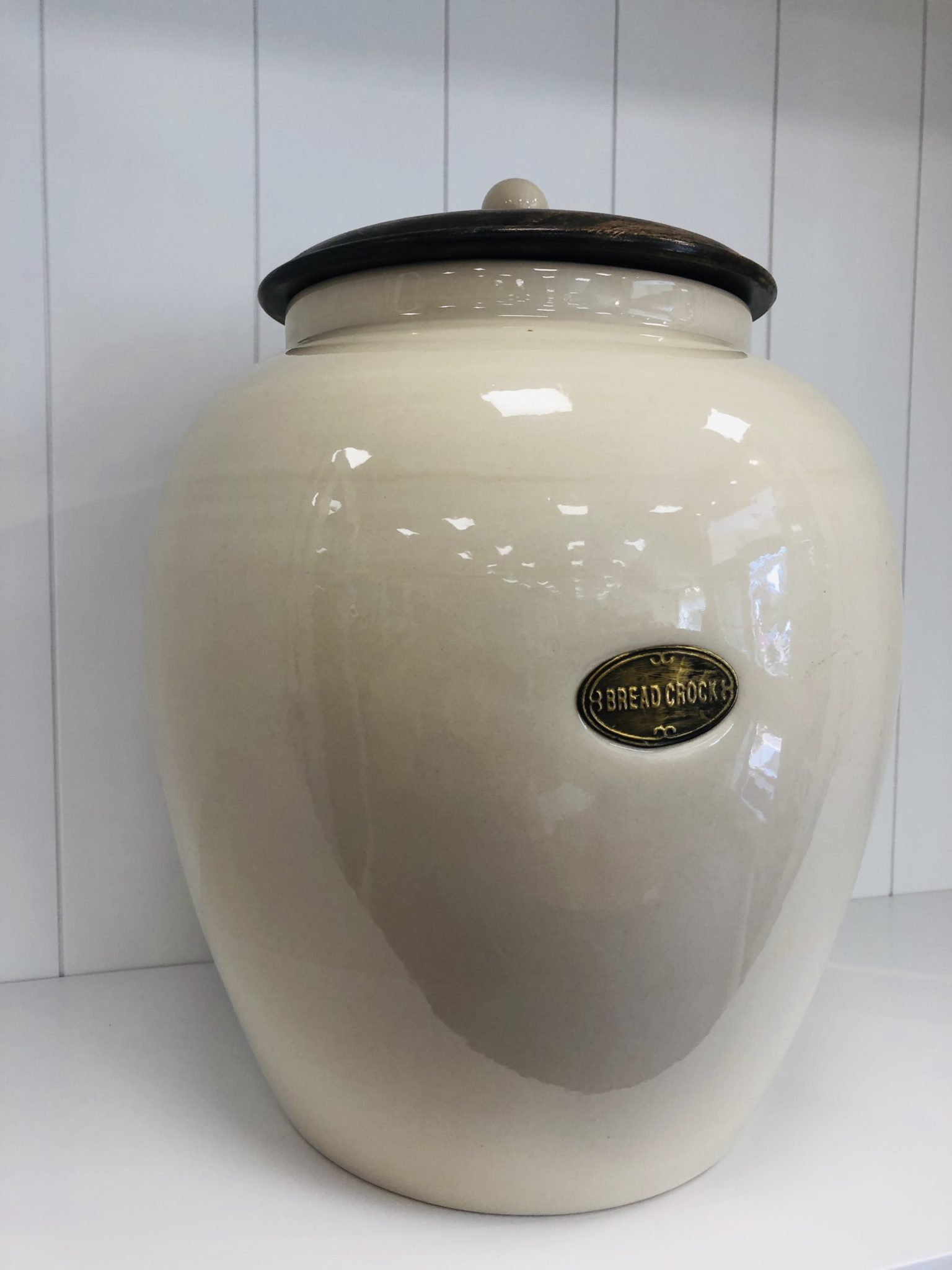 Country kitchen bread crock with air tight wooden lid