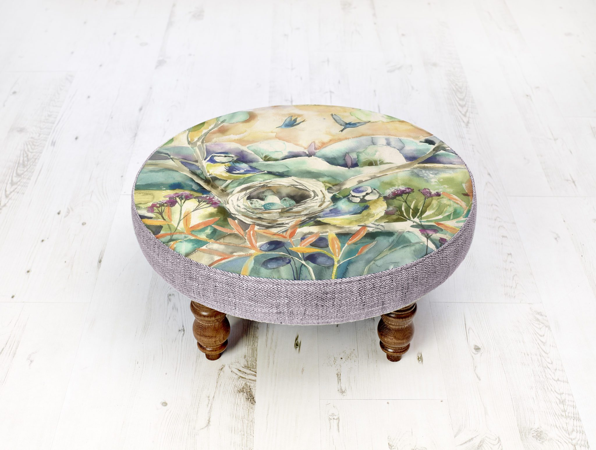 Voyage Maison Cato Stool Nesting FS190012 with turned legs