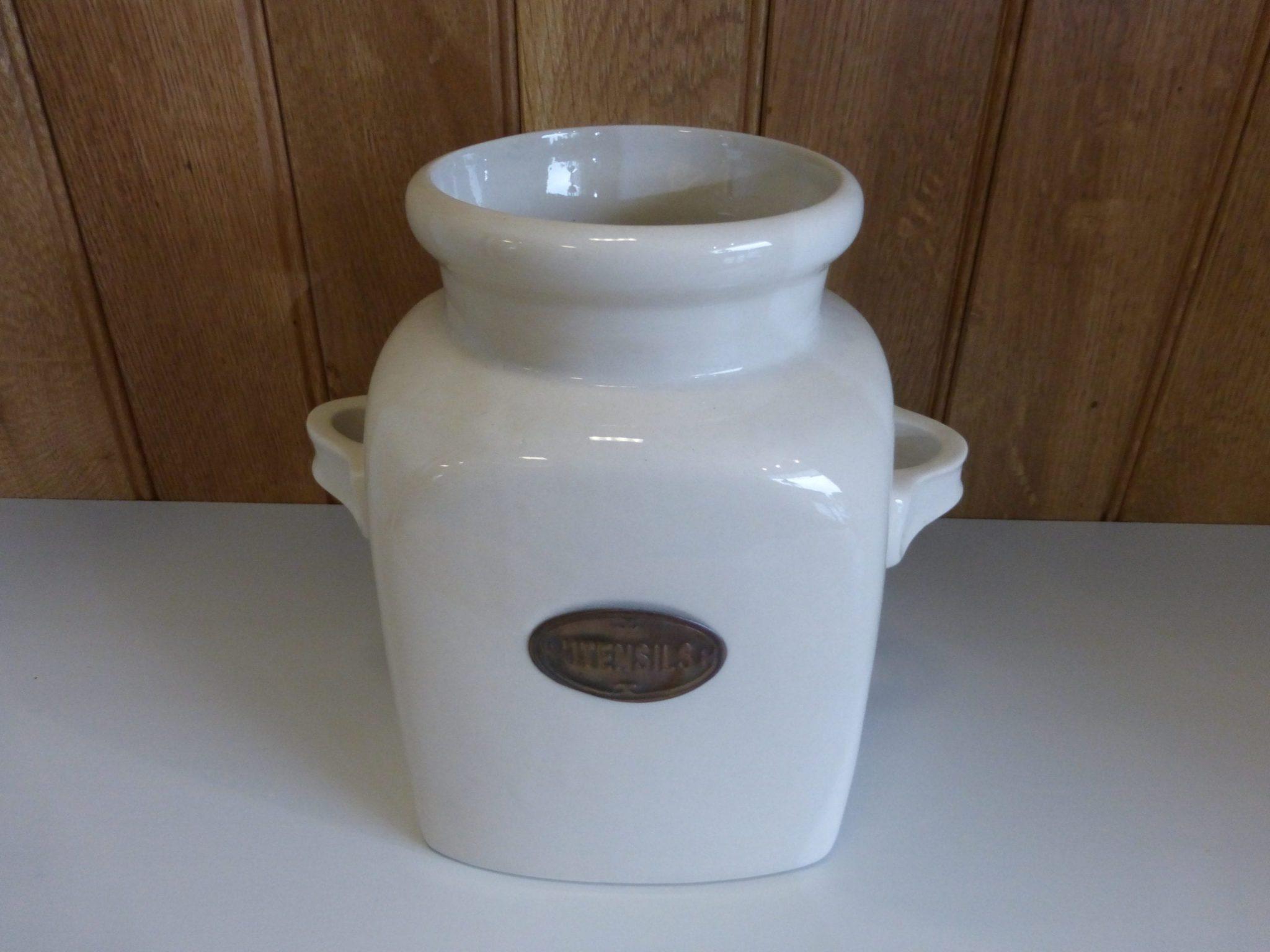 Utensil Jar 781006 cream ceramic jar