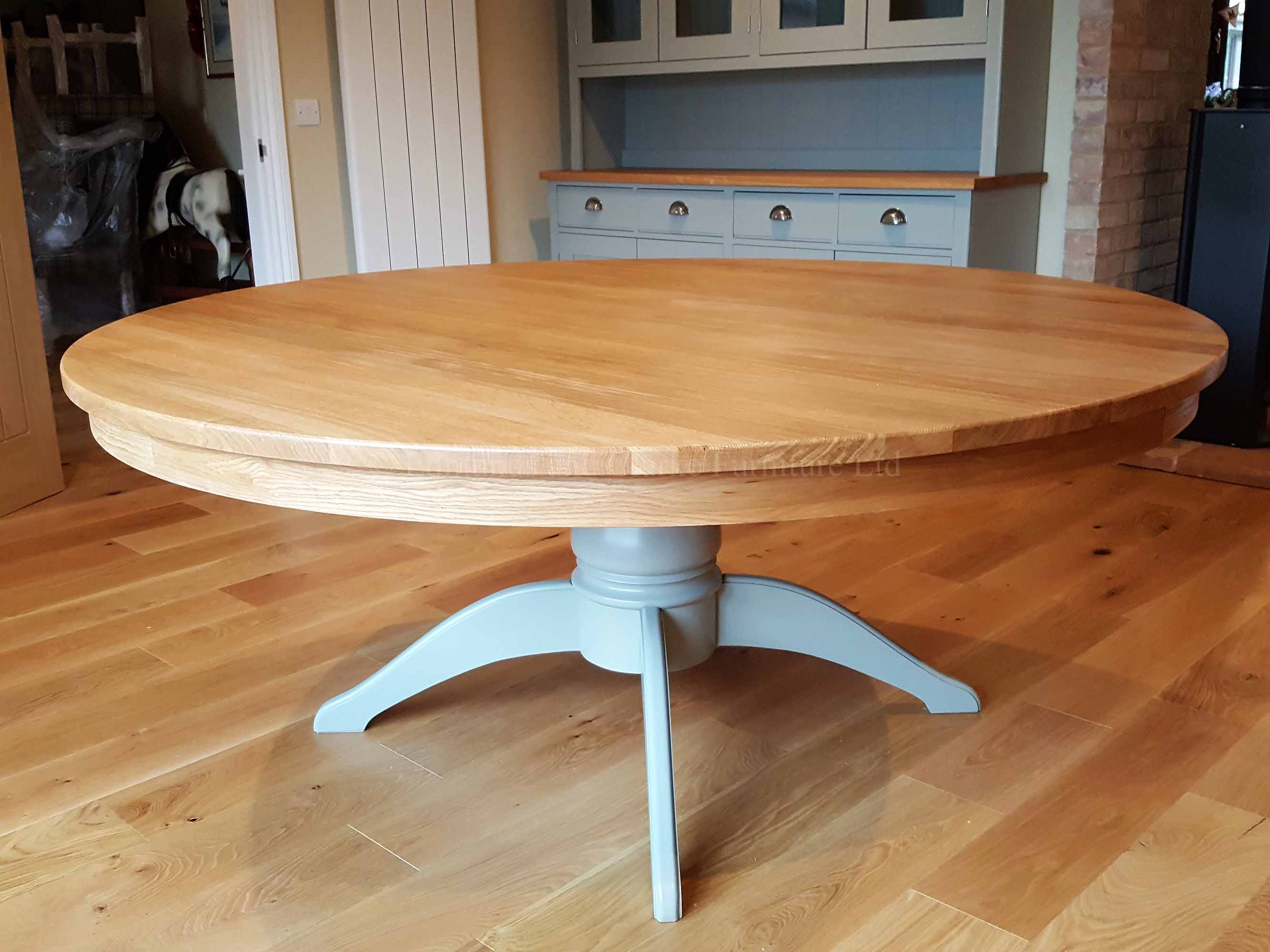 Super round large pedestal dining table