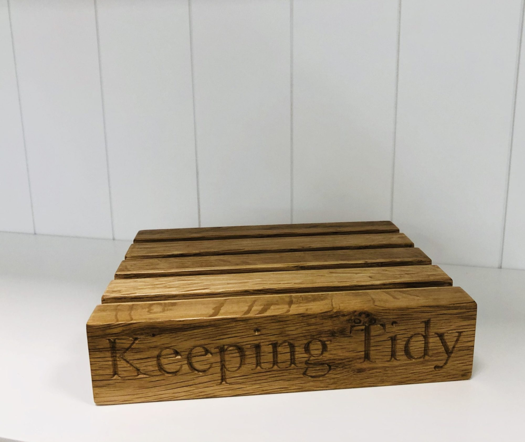 Keeping tidy letter rack 2
