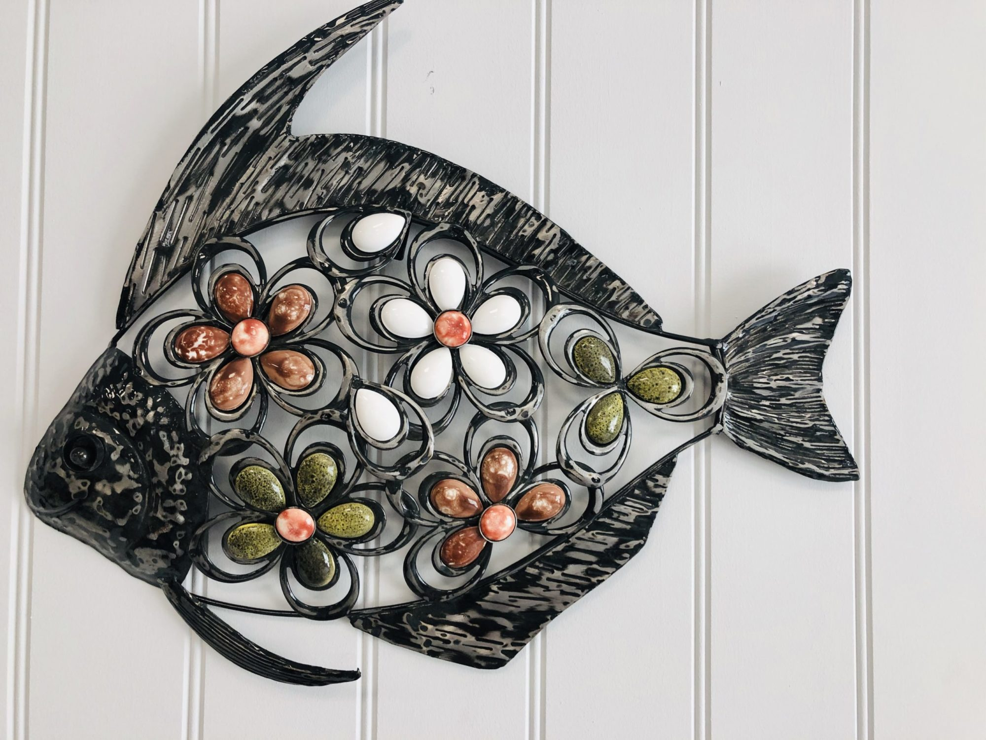 Metal wall fish decoration