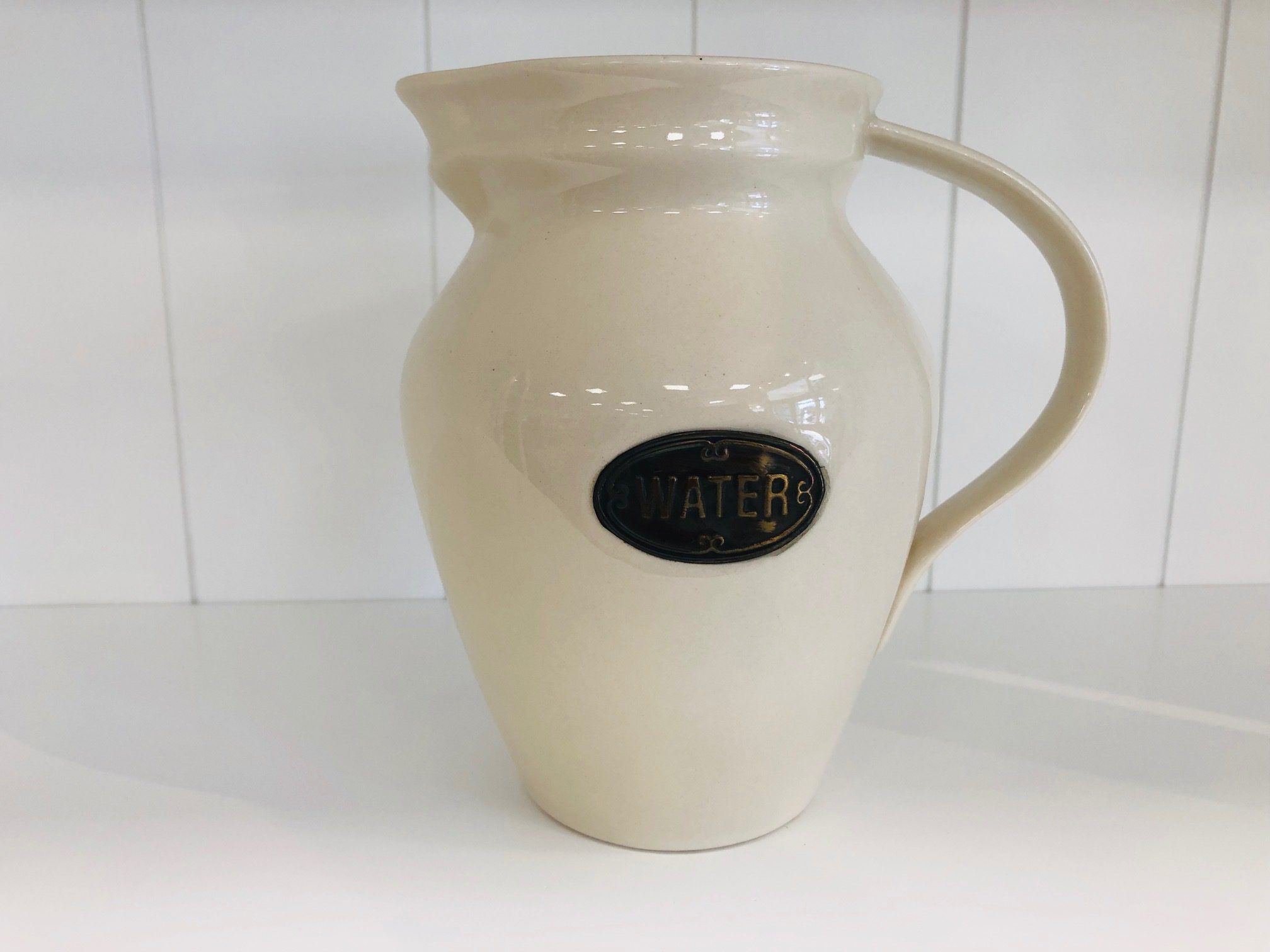 Country Kitchen water jug 1