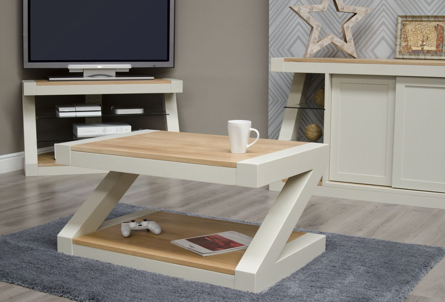 PZ3X2CT Z Designer Painted Coffee Table Natural top and shelf