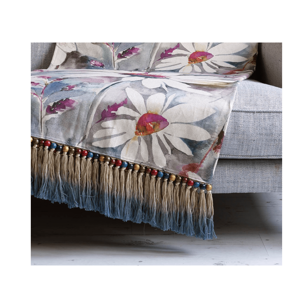 T200016 voyage maison PRAIRIE MAUVE THROW 136X200 close up