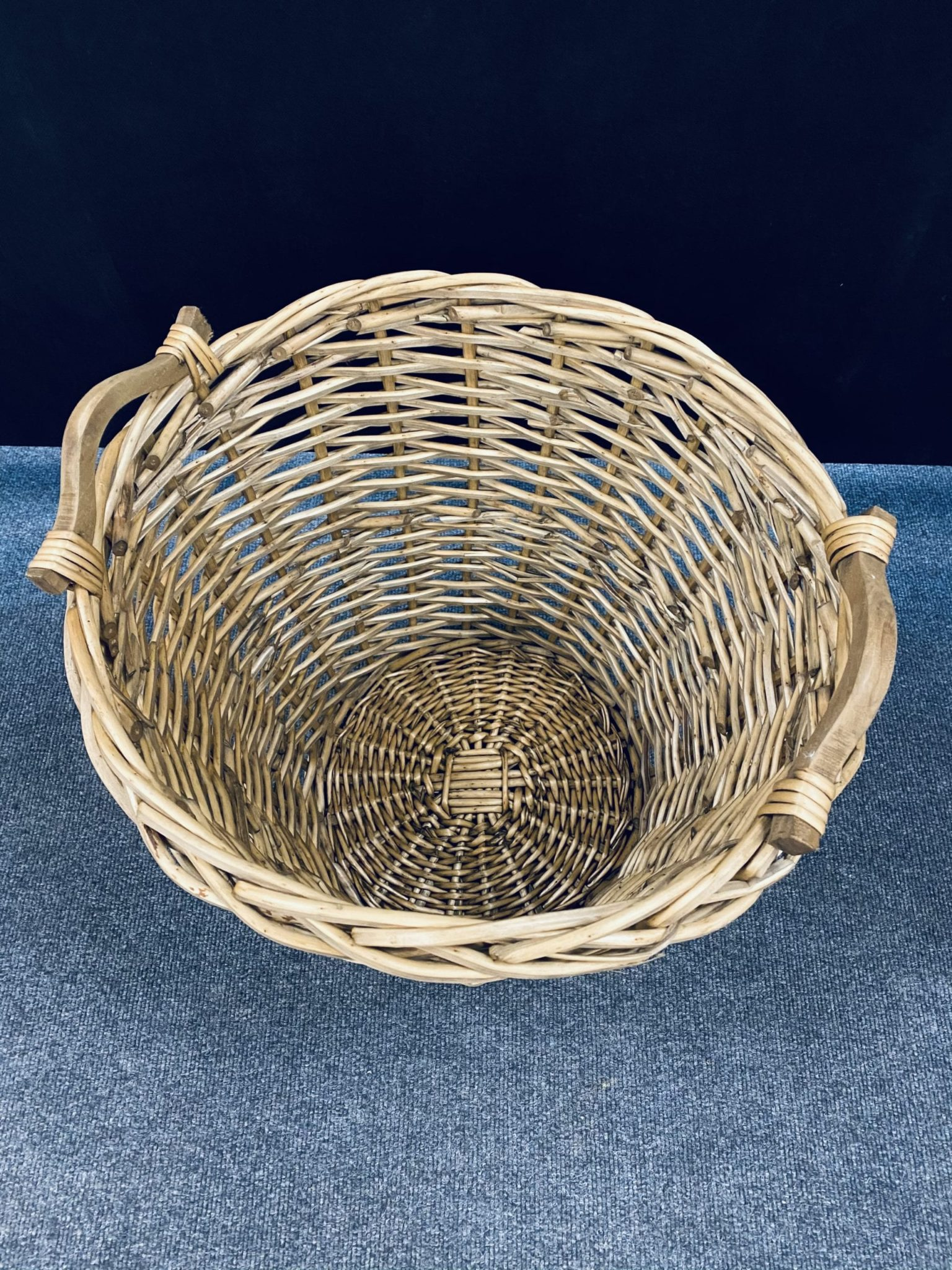 large wicker basket room set